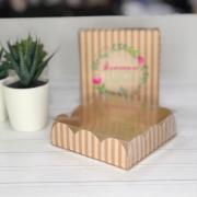 Коробка для кондитерских изделий с PVC крышкой «Моменты радости», 10,5 × 10,5 × 3 см